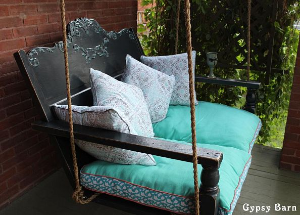 Up cycled un real revamping hall of fame upcycled ugly for Old porch swing